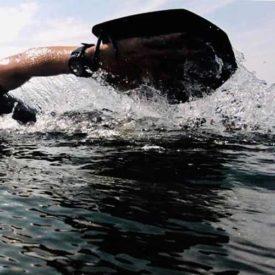 Paddlar för Swimrun